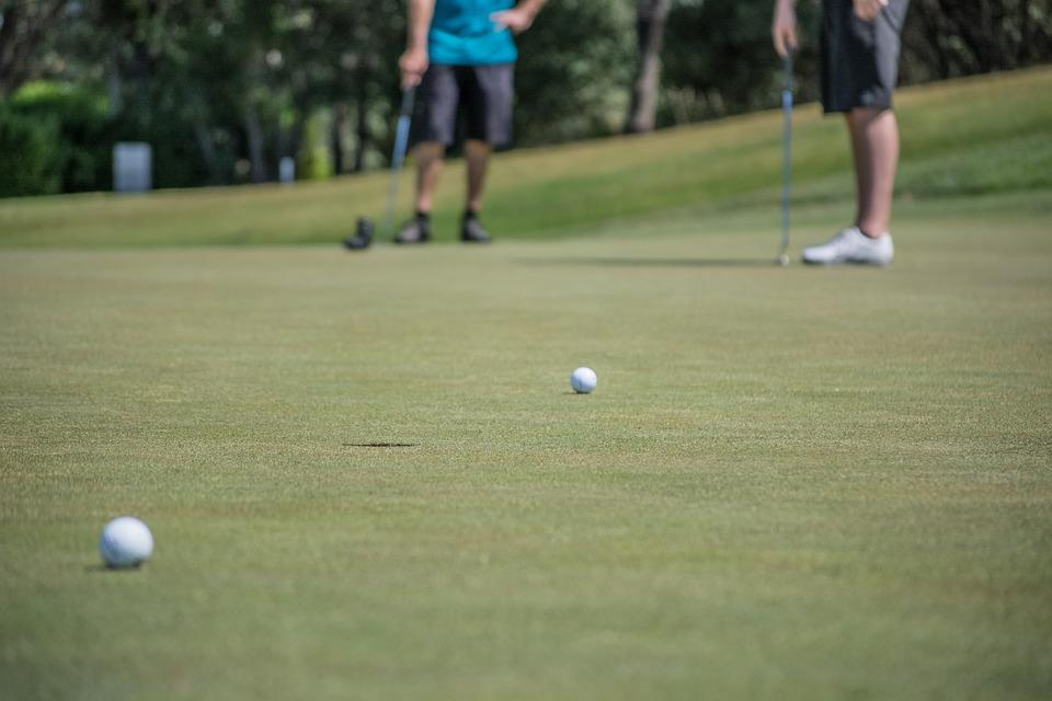 ゴルフの全国ツアー